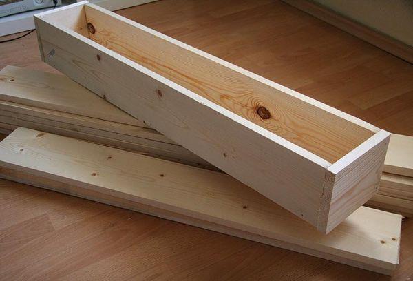 Дървен контейнер